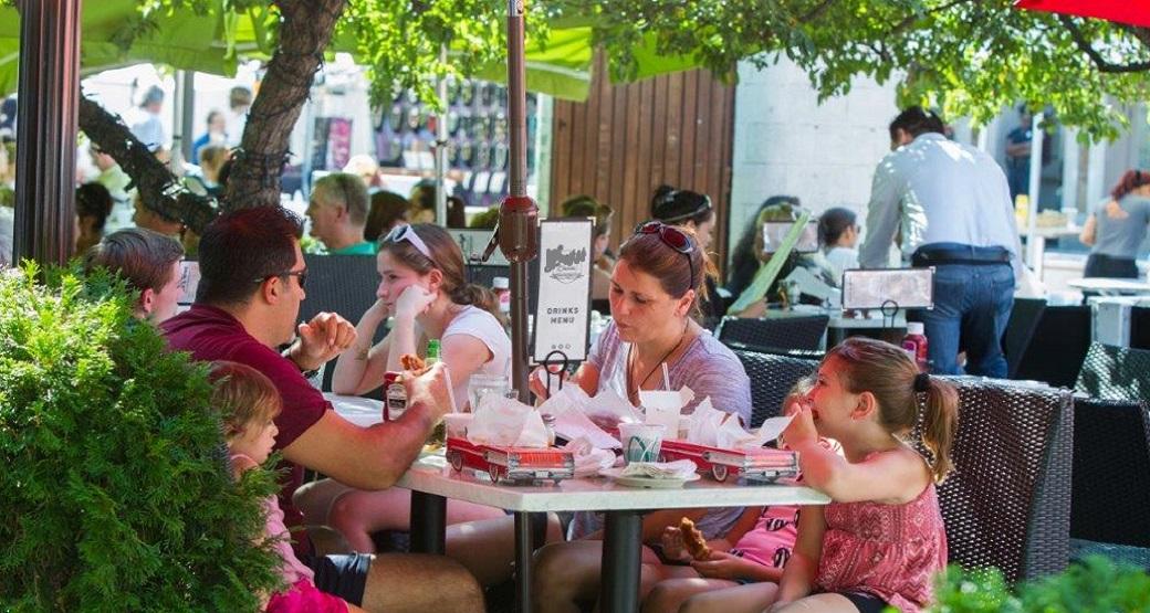 Enjoy an outdoor cafe! (Home slider)